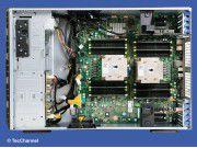 Power-Antrieb: In dem Tower-Server (5HE) PowerEdge T620 arbeiten zwei Six-Core-Xeon-Prozessoren mit 2,50 GHz Taktfrequenz und Hyper-Threading-Unterstützung.